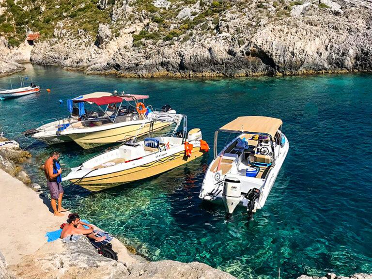 CUBANEROS Speed Boat-4